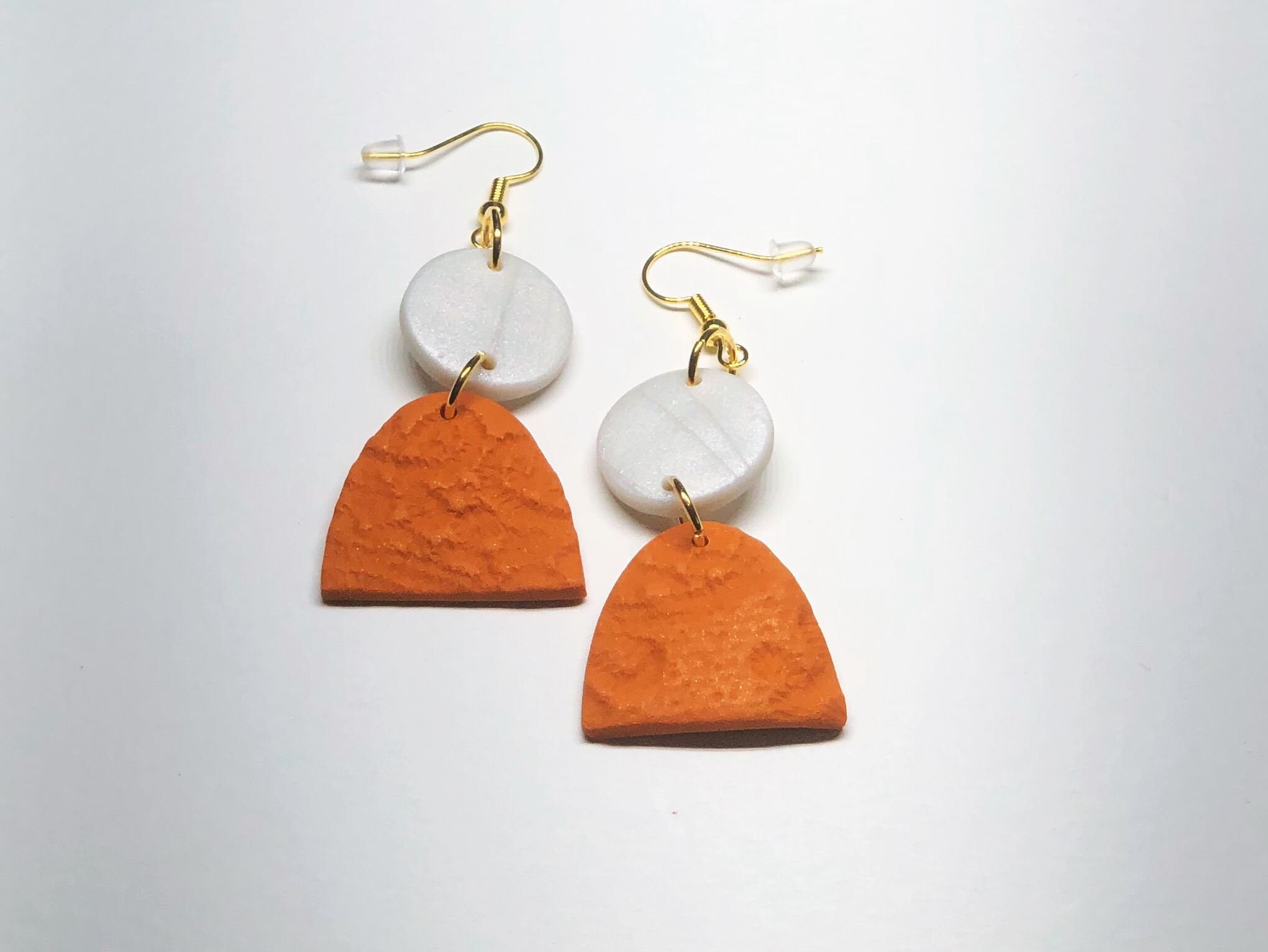 Product image Chantilly Drop Earring in Mother of Pearl and Gold Marmalade Orange